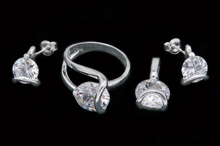 biżuteria z cyrkonią