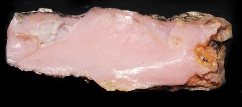 Opal różowy
